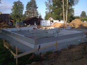 Oppsetning av grunnmur til murhuset for SL 3-Bygg